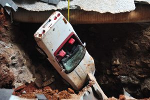 1992-chevrolet-corvette-one-millionth-sinkhole-rescue