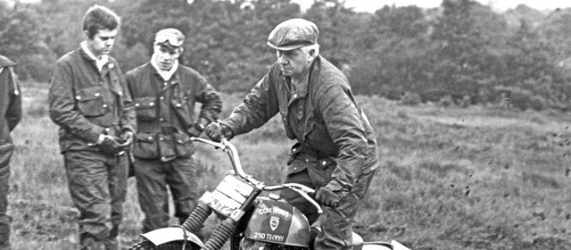 Reg May in action on the 250cc Comerfords Trophy, at the November 1969 Perce Simon Trial.