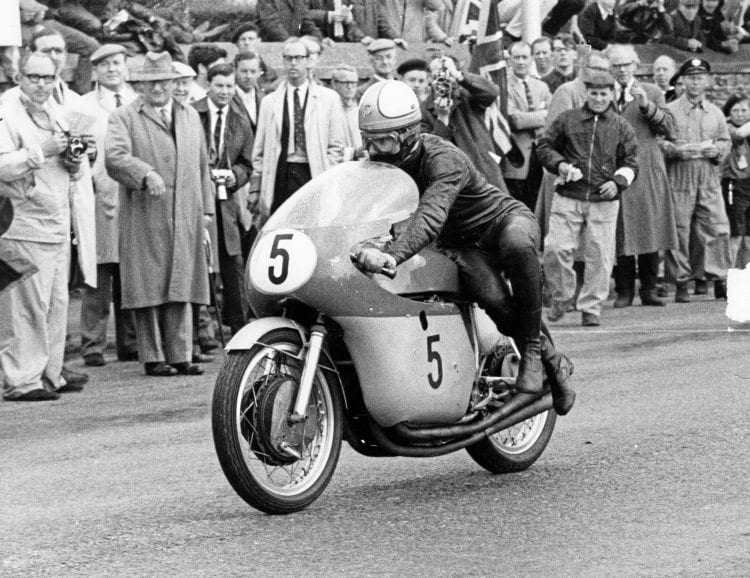 Mike Hailwood at the TT on a MV