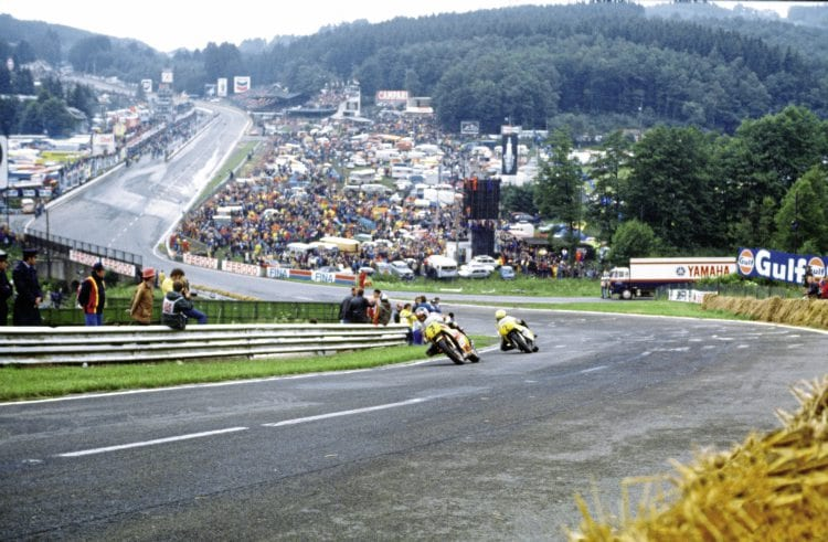 1979 Belgian Grand Prix - Barry Sheene and Kenny Roberts do battle.
