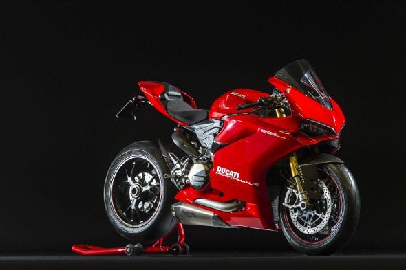 2015 Ducati 1299 Panigale S – Ten Things – Fastbikes