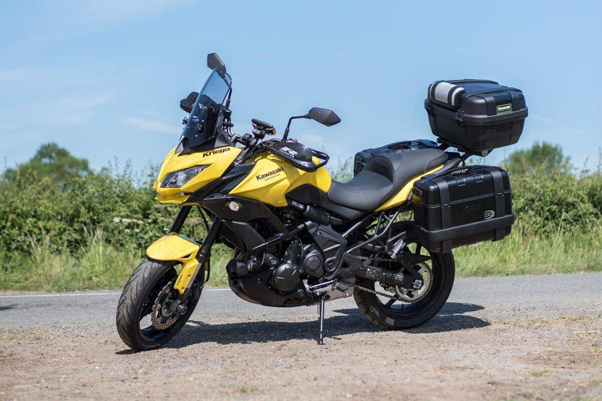 110_Givi-Trekker-Luggage-Kawasaki-Versys-MAIN