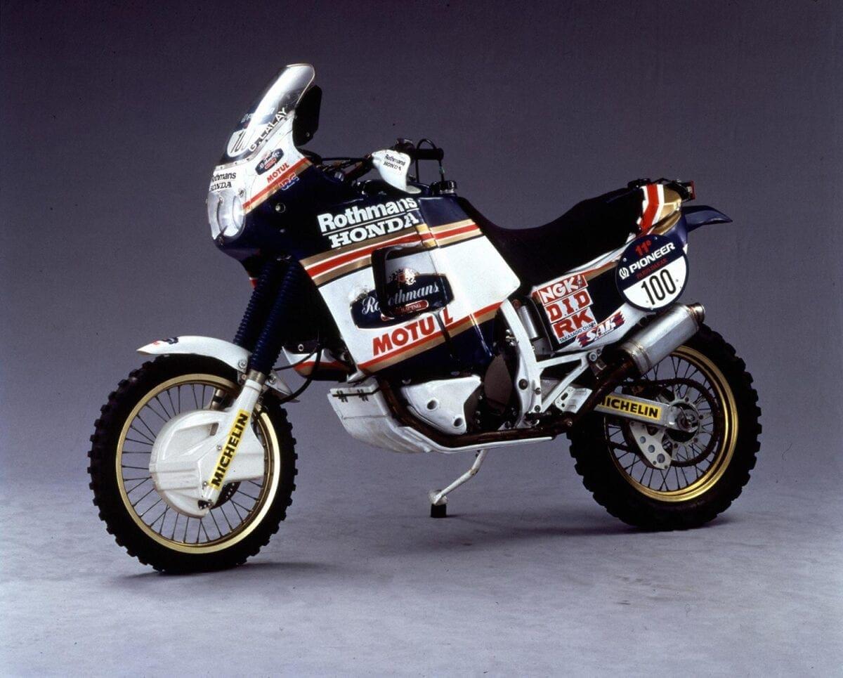 1986-NXR750_Rothmans-2