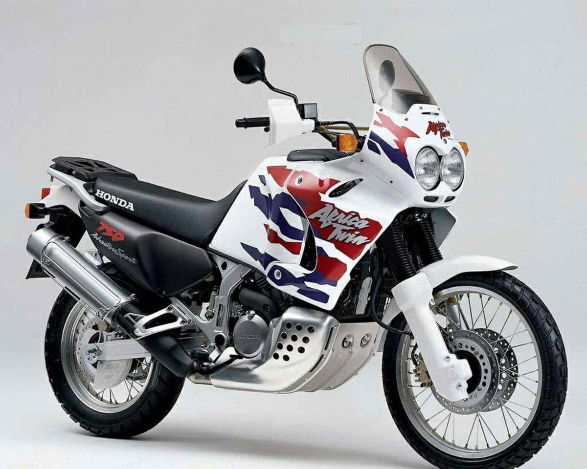 1993-Honda-XRV750-93-2