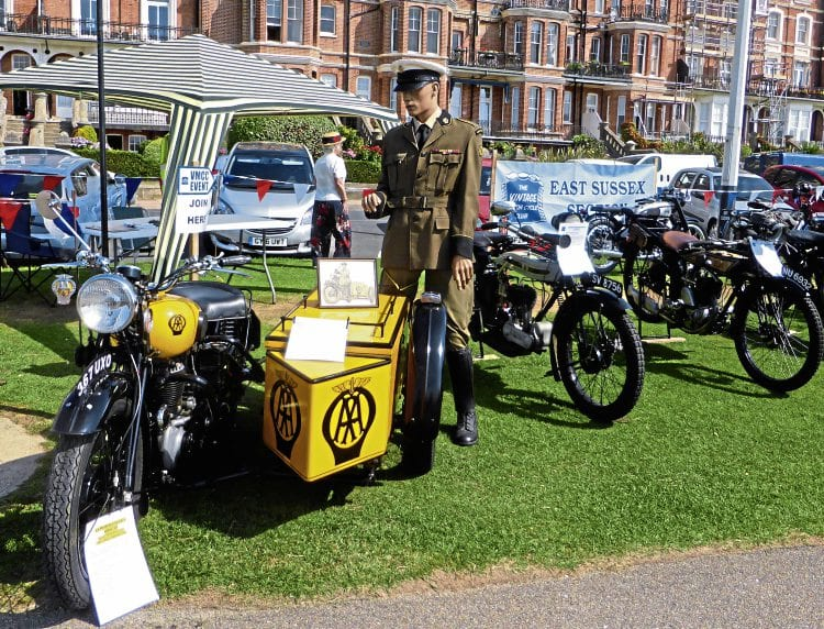 'Mannequin Malcolm' and his 1947 BSA M20 AA patrol outfit attracted lots of attention at the East Sussex VMCC section's Roaring Twenties display.