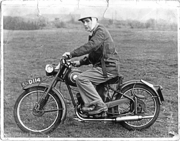 Follow That Coach On A 88c James Comet Old Bike Mart