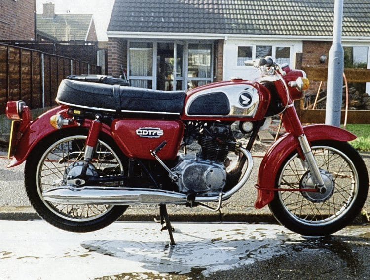 Following on from the original pressed steel spine frame CD175, Honda reworked the model for the 1970s with the full loop cradle frame and single down tube. Photos: Mortons Archive – www.mortonsarchive.com