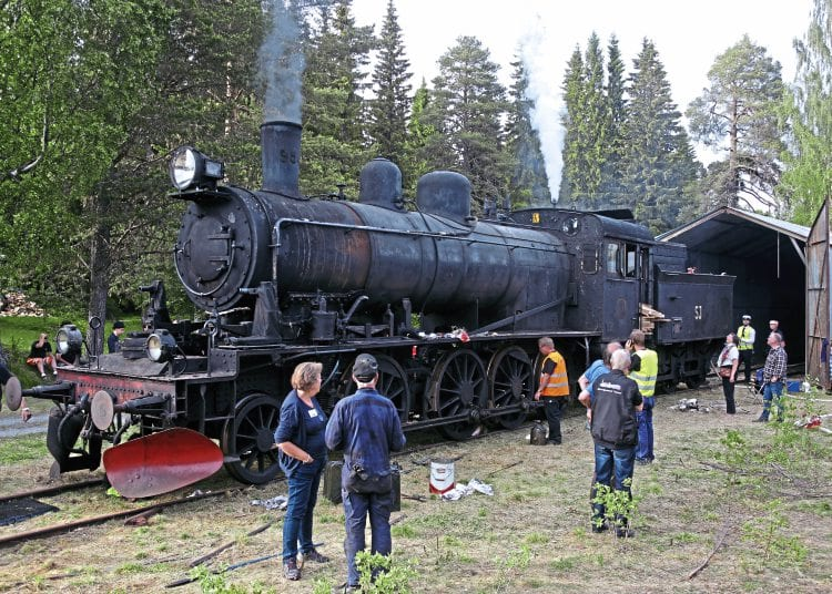 Incredible as it may seem after 45 years, No. 954 was steamed on June 16, and by evening had sufficient pressure for a celebratory whistle, being the final locomotive in the Strategic Steam Reserve. The fire was subsequently dropped because of injector problems.
