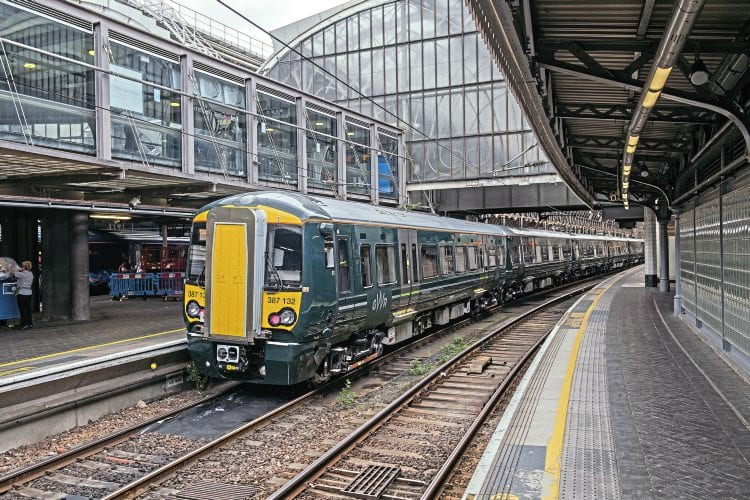 New Class 387 No. 387132 with 387131 at Paddington on press launch day, September 2.