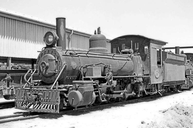 Class 'NG10' No. 61 at Humewood Road Depot, Port Elizabeth, prior to withdrawal in the early 1960s. LEITH PAXTON